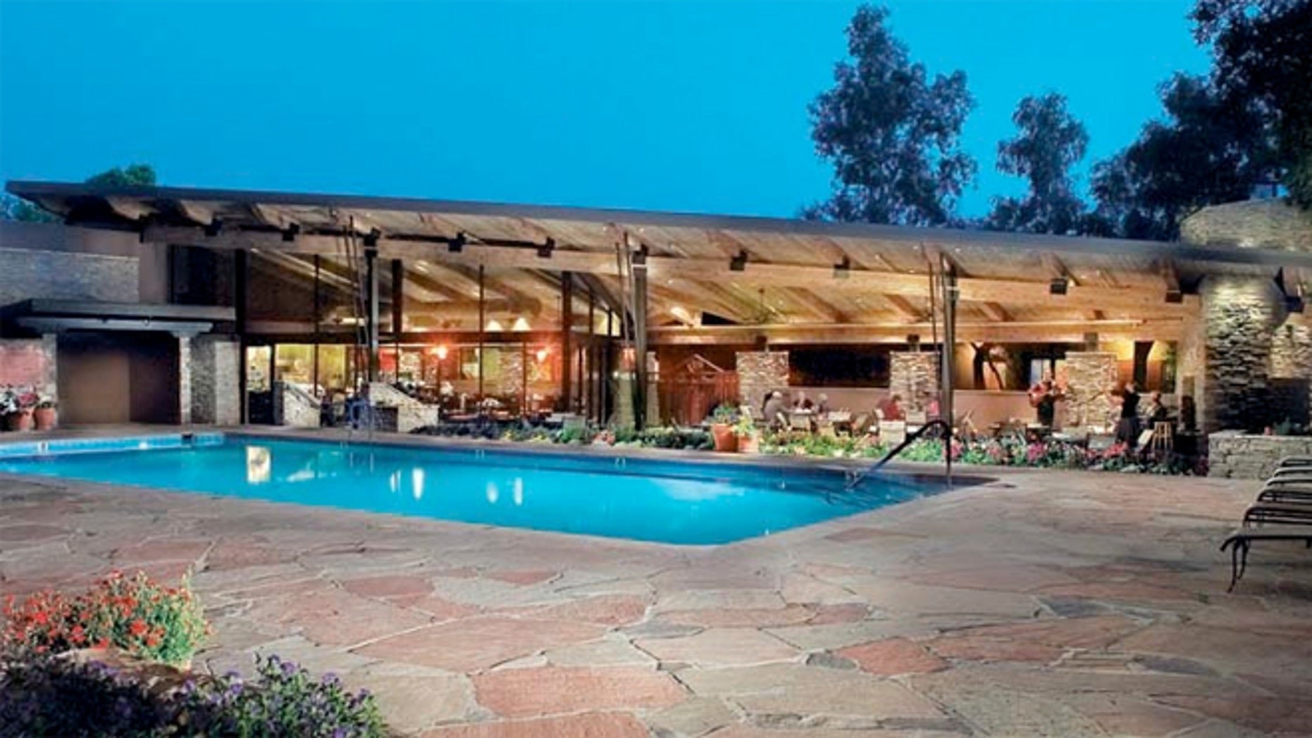 The one-story Southwestern-style Canyon Ranch Tucson,  Arizona offers thoughtful amenities and great therapies.
