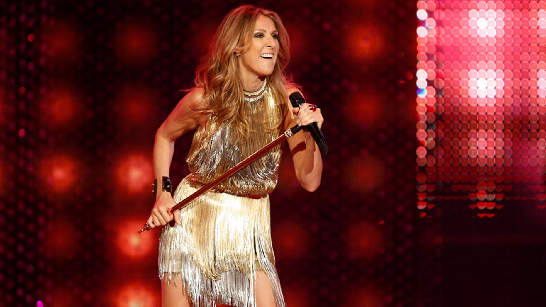 Canadian singer Celine Dion performs during the Bambi 2012 media awards ceremony in Duesseldorf November 22, 2012.