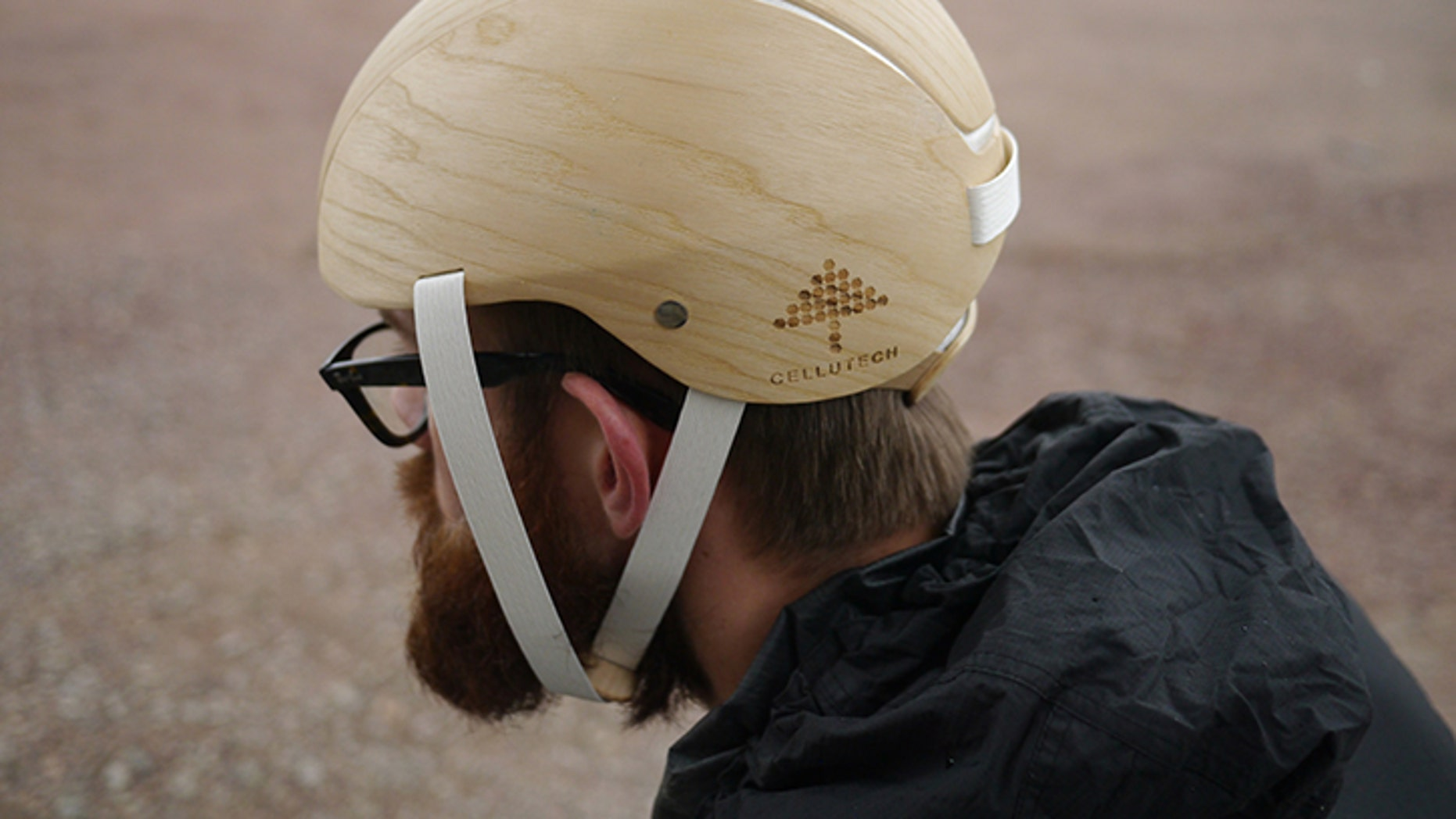 This prototype bicycle helmet is made entirely from forest products — particularly the foam shock absorbing material, which was developed at KTH. (Photo: Cellutech)