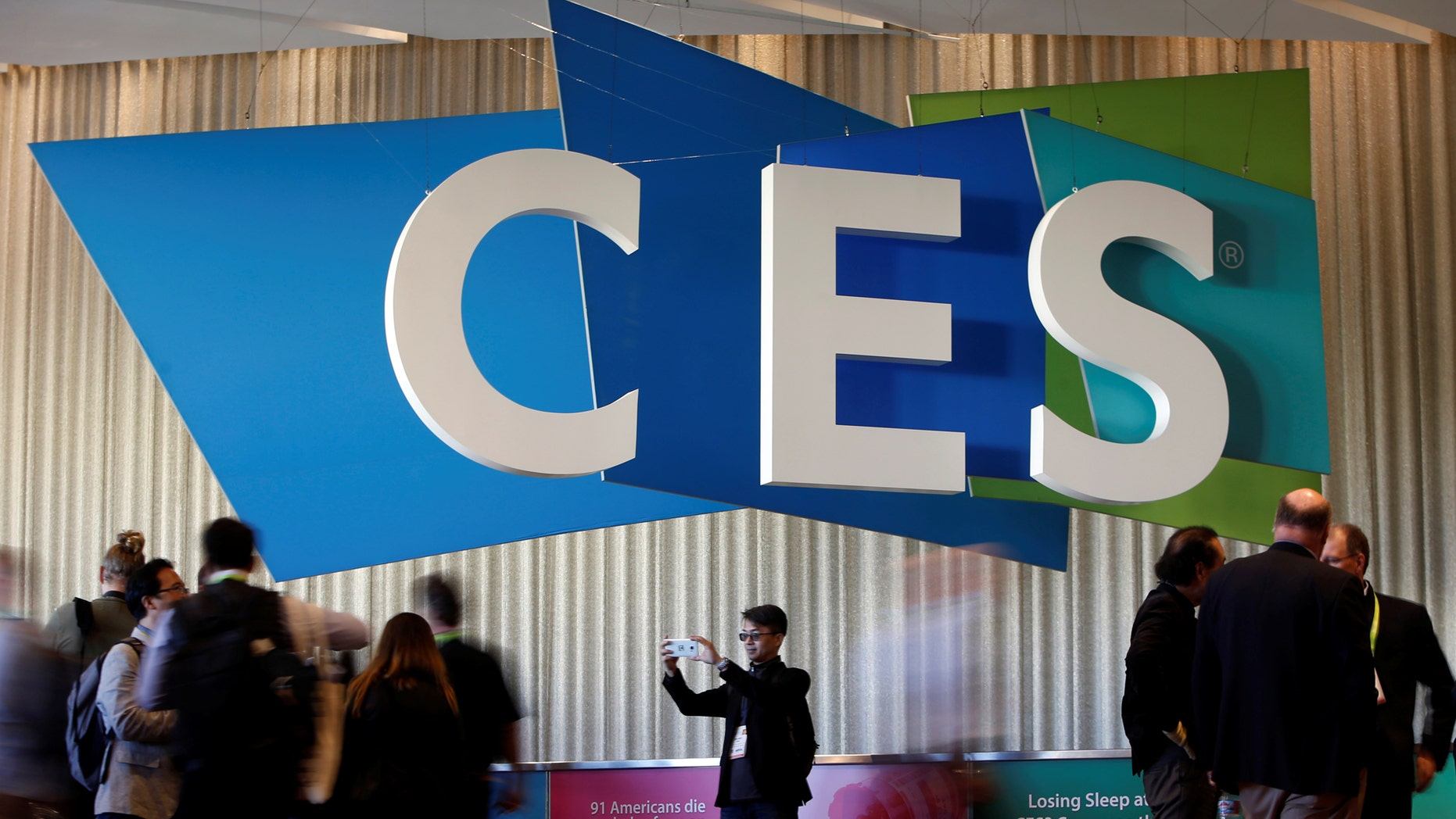 File photo - A man takes a selfie in front of the CES logo during the 2018 CES in Las Vegas, Nevada, U.S. Jan. 10, 2018. (REUTERS/Steve Marcus)