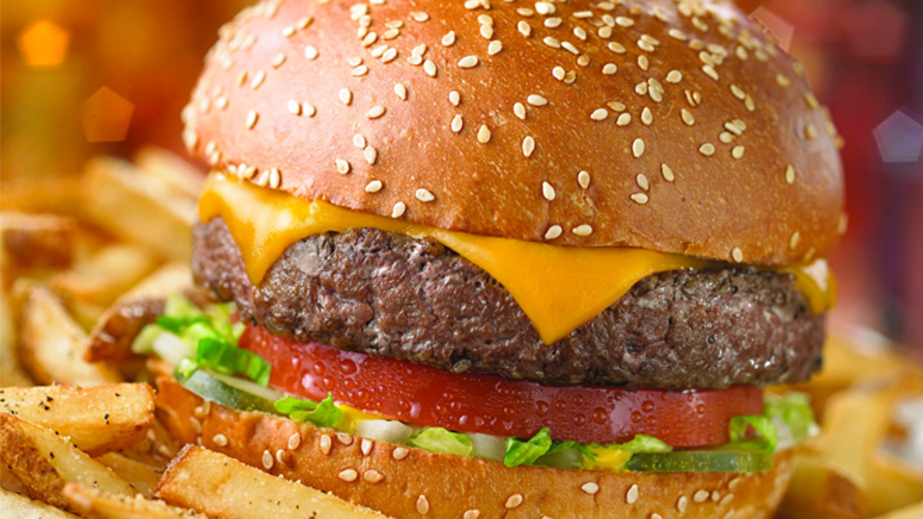 """A Chili's restaurant in Utah won praise for fixing a """"broken cheeseburger"""" for an upset autistic girl."""