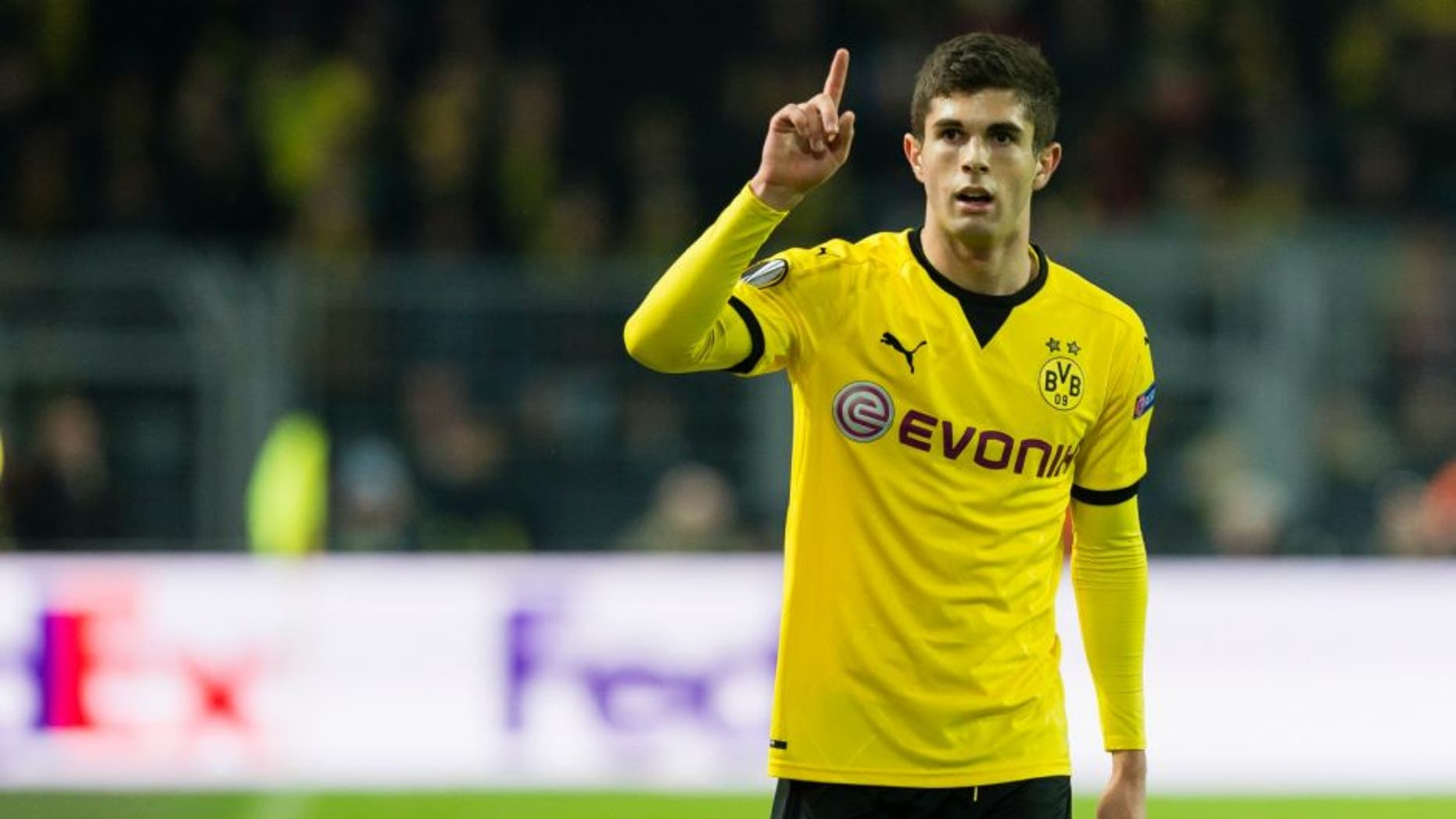 DORTMUND, GERMANY - APRIL 07: Christian Pulisic of Borussia Dortmund in action during the UEFA Europa League quarter final first leg match between Borussia Dortmund and Liverpool FC at Signal Iduna Park on April 7, 2016 in Dortmund, Germany. (Photo by Alexandre Simoes/Borussia Dortmund/Getty Images)