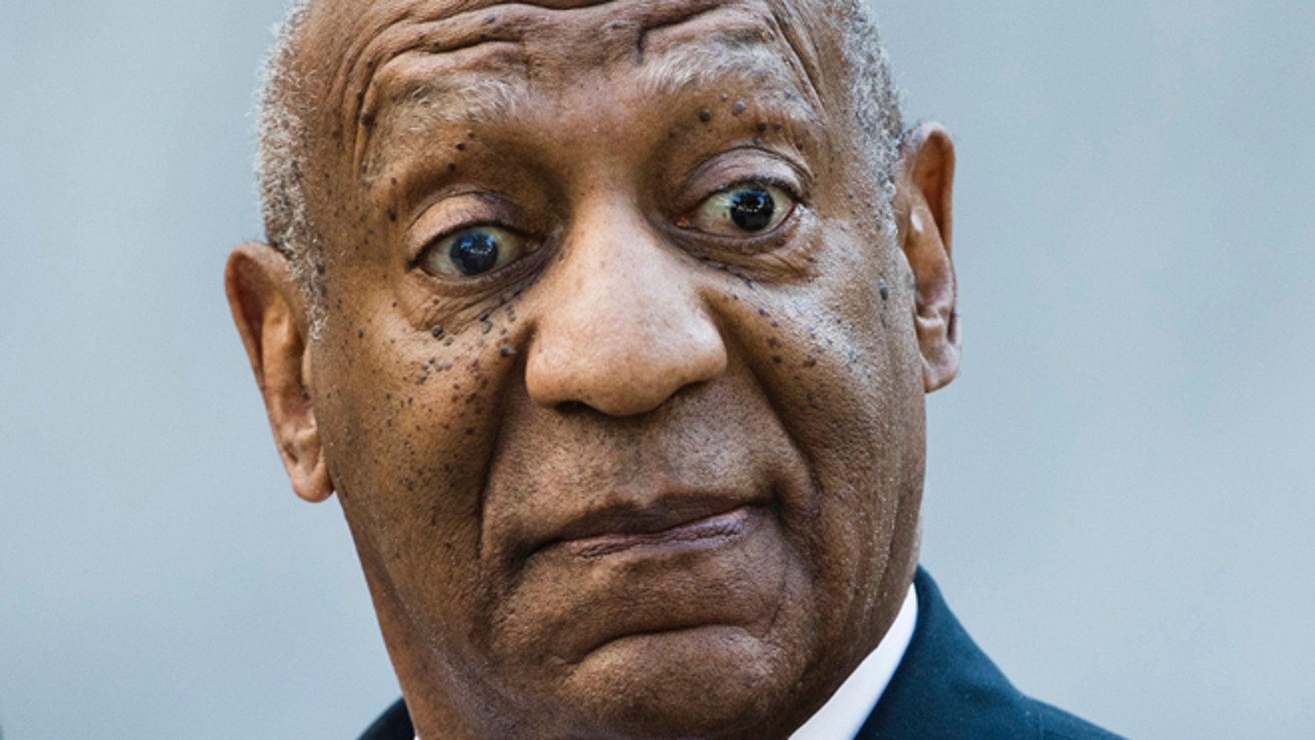 Experts say it would be a huge risk to put Bill Cosby on the stand in his sexual assault case.
