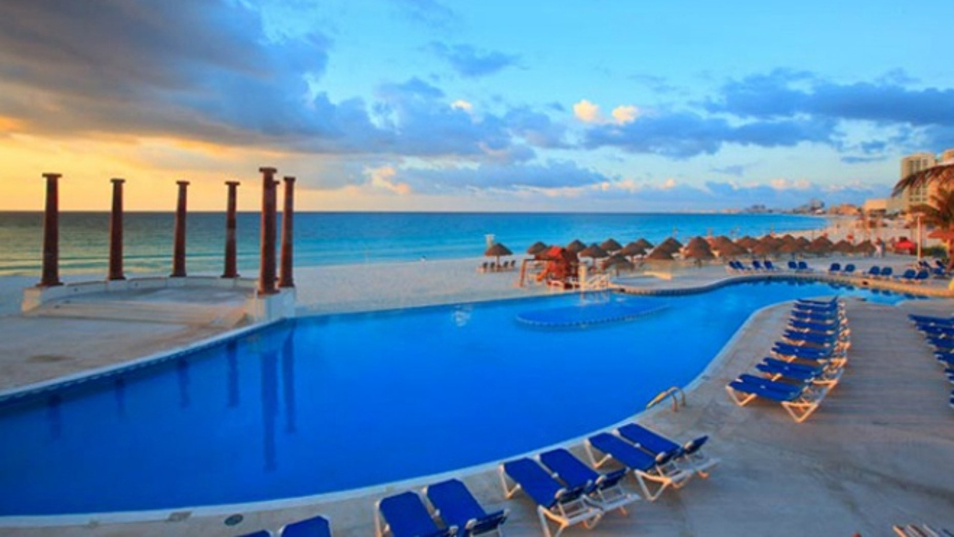 Krystal Cancun makes the most of its Riviera Maya location: The pool runs lengthwise along the sand, and there's even a beachfront infinity whirlpool.
