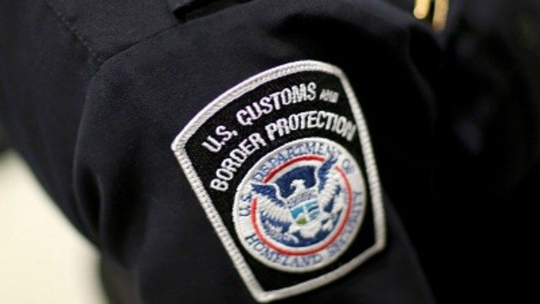 A U.S. Customs and Border Protection officer's patch.