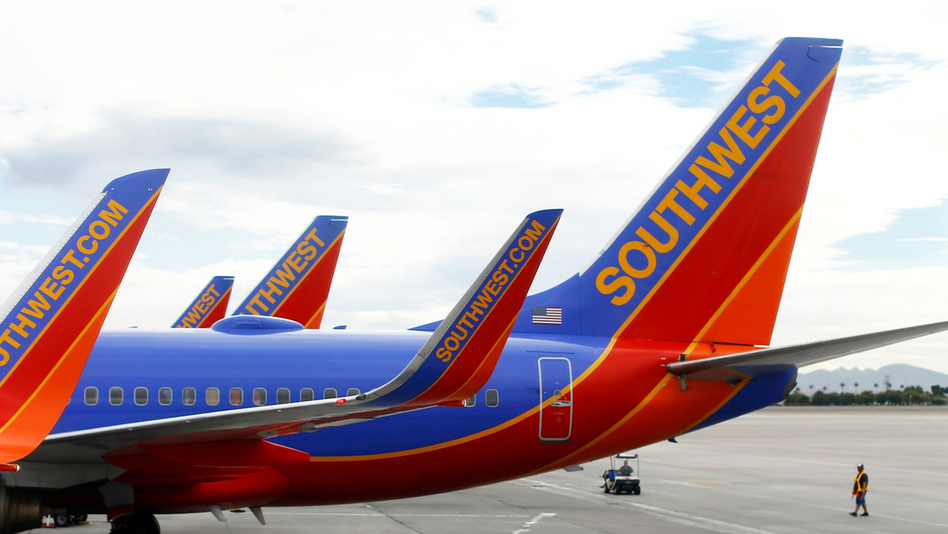 Passengers on a flight from Oakland to Kansas City had quite a ride.
