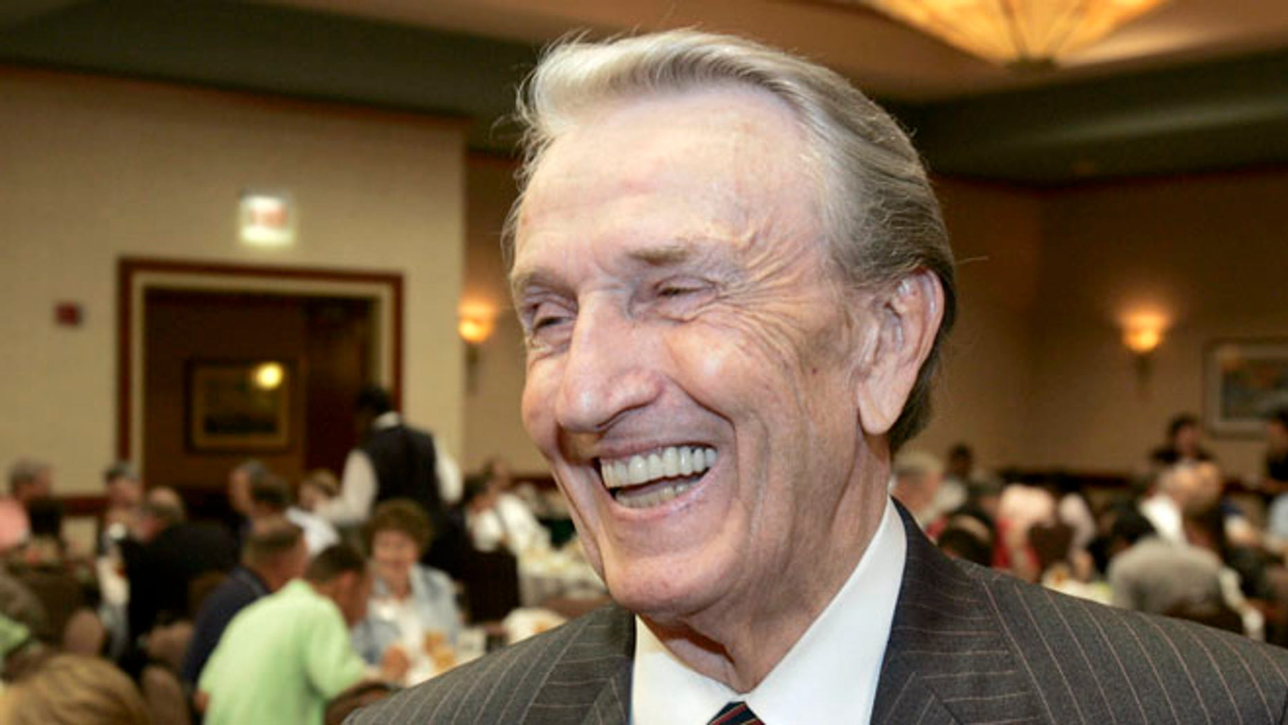 FILE:  Aug. 25, 2006: Former Arkansas Democratic  Gov. and U.S. Sen. Dale Bumpers at an Energy and Value-Added Products from Biomass workshop in Little Rock, Ark.