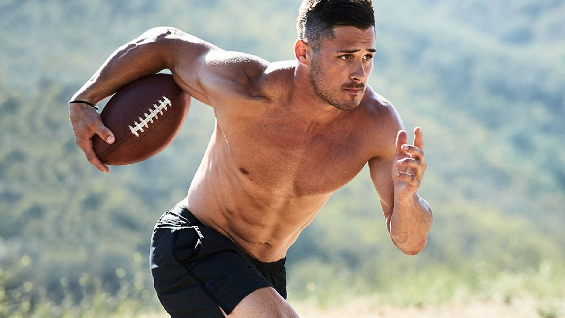 Danny Amendola (Men's Health/Peter Yang)