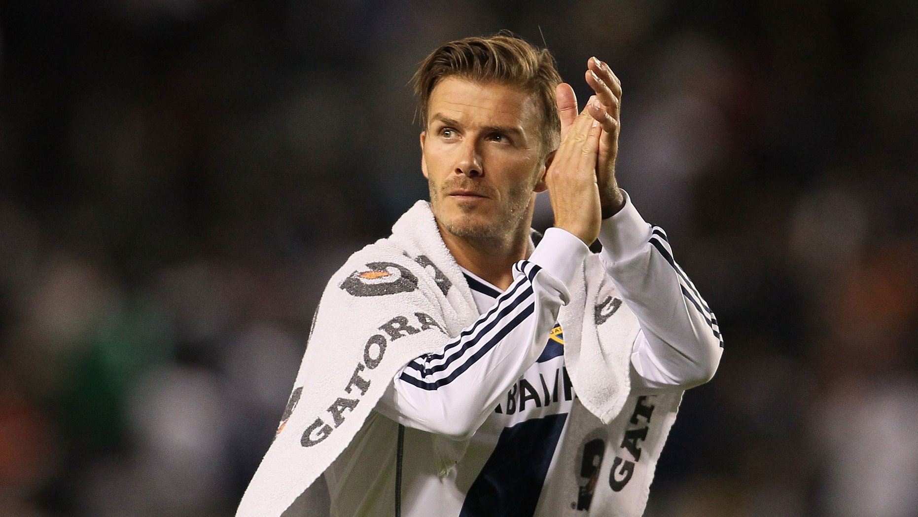 David Beckham #23 of the Los Angeles Galaxy   (Photo by Victor Decolongon/Getty Images)