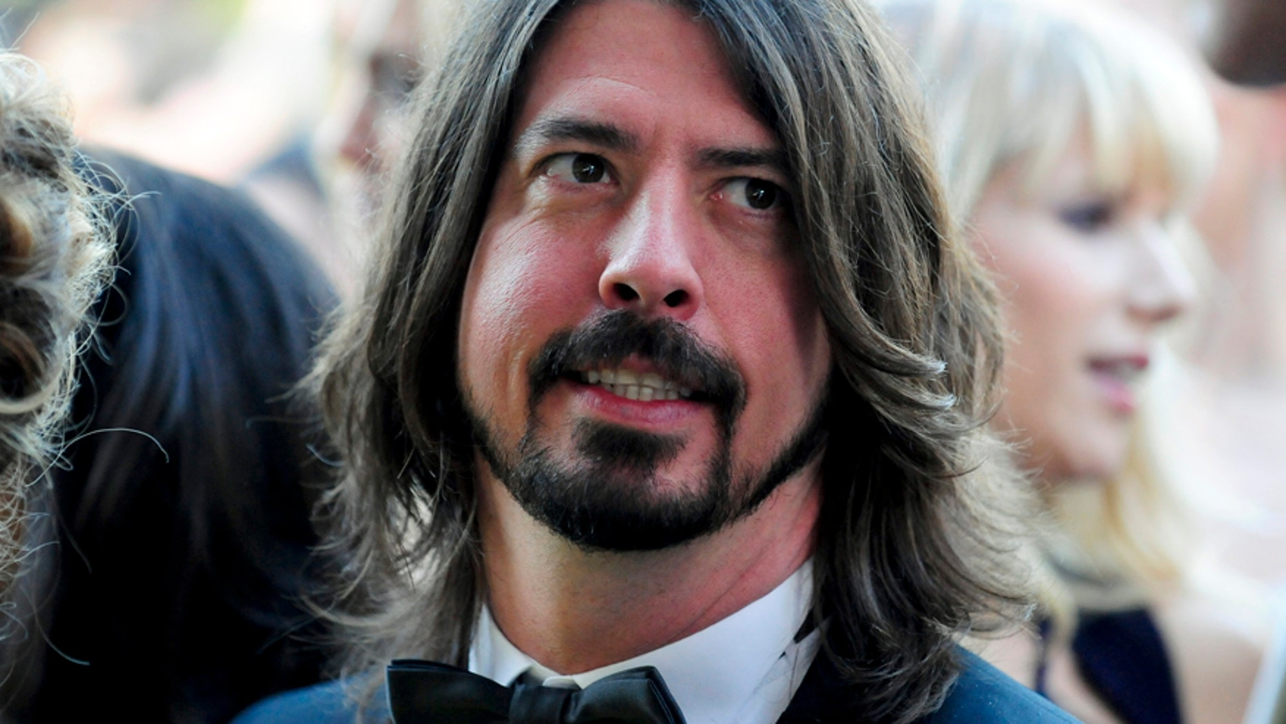 Singer David Grohl arrives at the 20th annual Elton John AIDS Foundation Academy Awards Viewing Party in West Hollywood, California February 26, 2012.