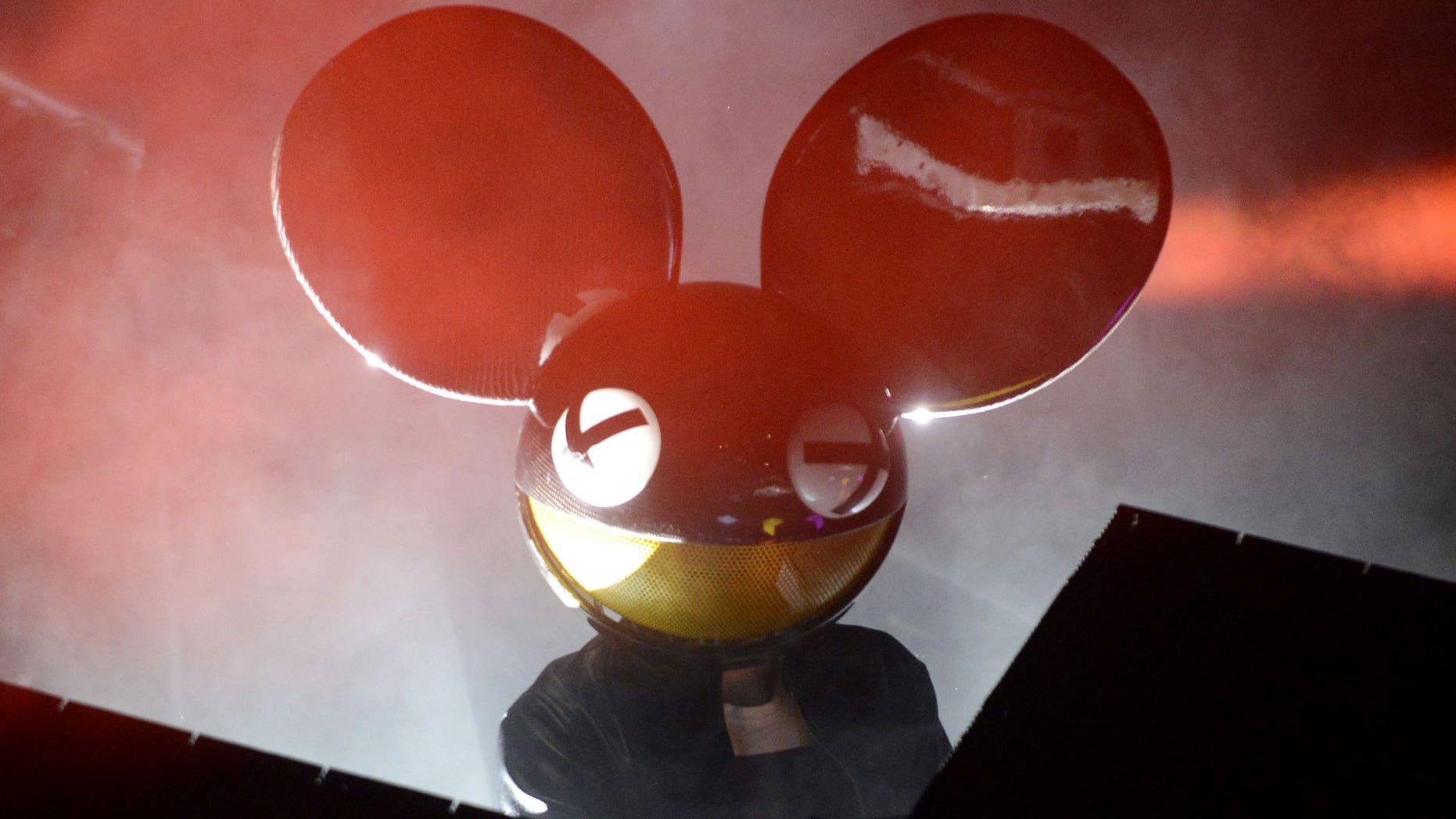 Deadmau5-disney-ears-lawsuit