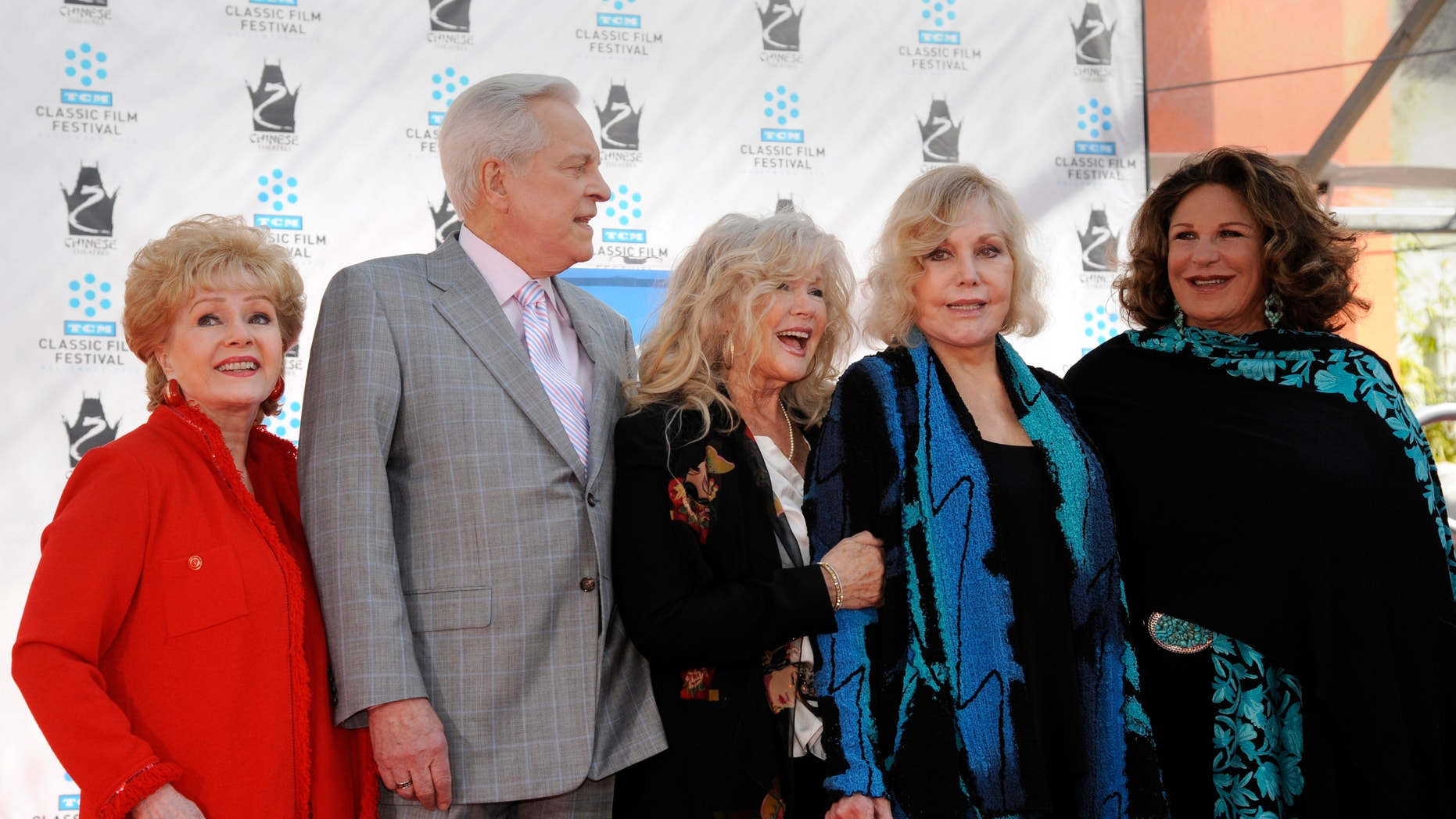 (L-R): Debbie Reynolds , Robert Osborne, Connie Stevens, Kim Novak and Lainie Kazan.