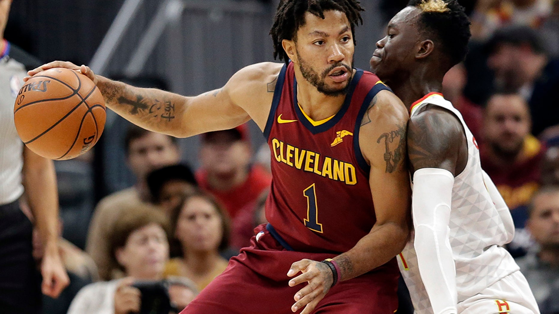 9f2fb09e0f6 Derrick Rose leaves Cleveland Cavaliers to weigh NBA future