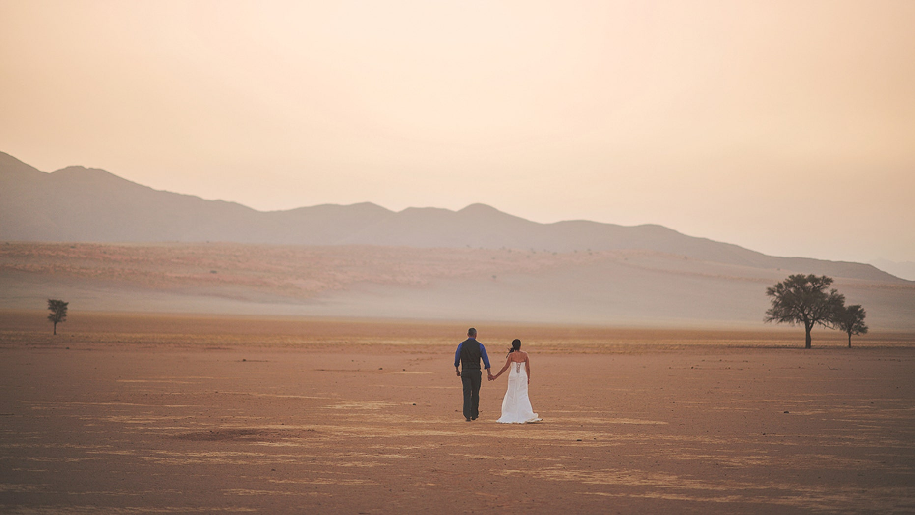 Getting married out West has its financial perks, according to a new study.