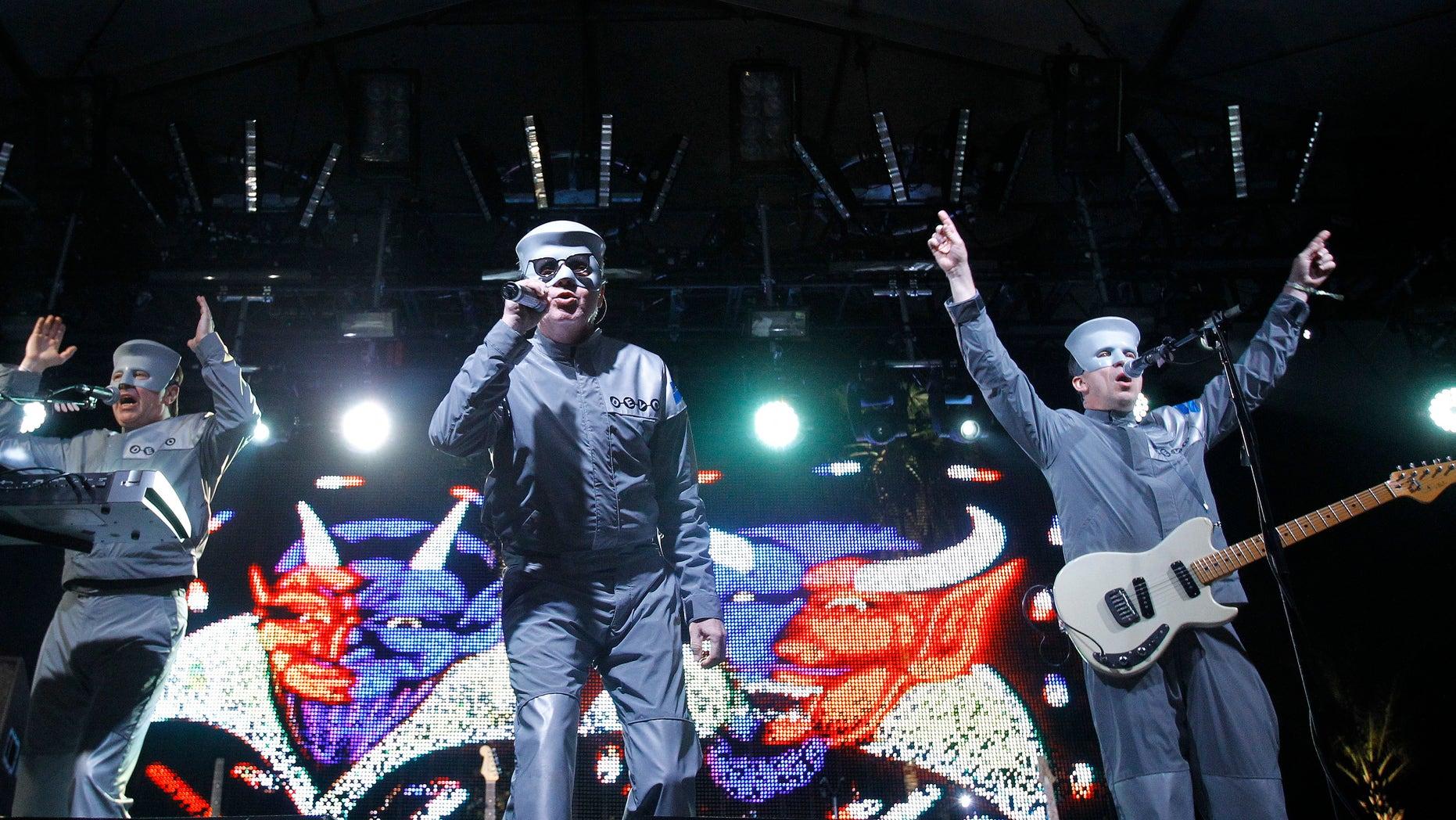 "Mark Mothersbaugh (C), Bob Mothersbaugh (R) and Bob Casale of ""Devo"" perform at the Coachella Music Festival in Indio, California April 17, 2010.   REUTERS/Mario Anzuoni  (UNITED STATES - Tags: ENTERTAINMENT PROFILE) - RTR2CYMM"