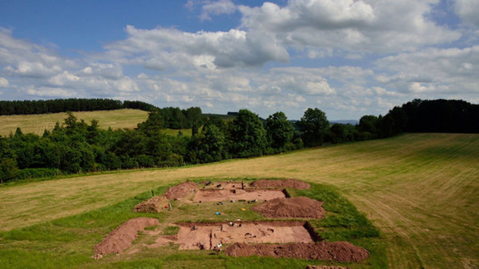 Excavations at Dorstone Hill in the UK revealed a nearly 6,000-year-old set of burial mounds that were created from the ashes of an ancient longhall.