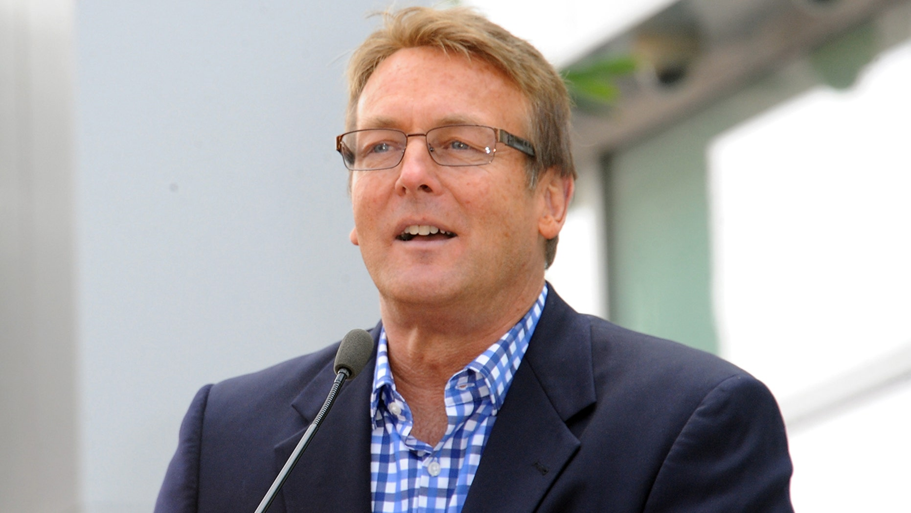 'Young and the Restless' star Doug Davidson is leaving the show after 40 years.
