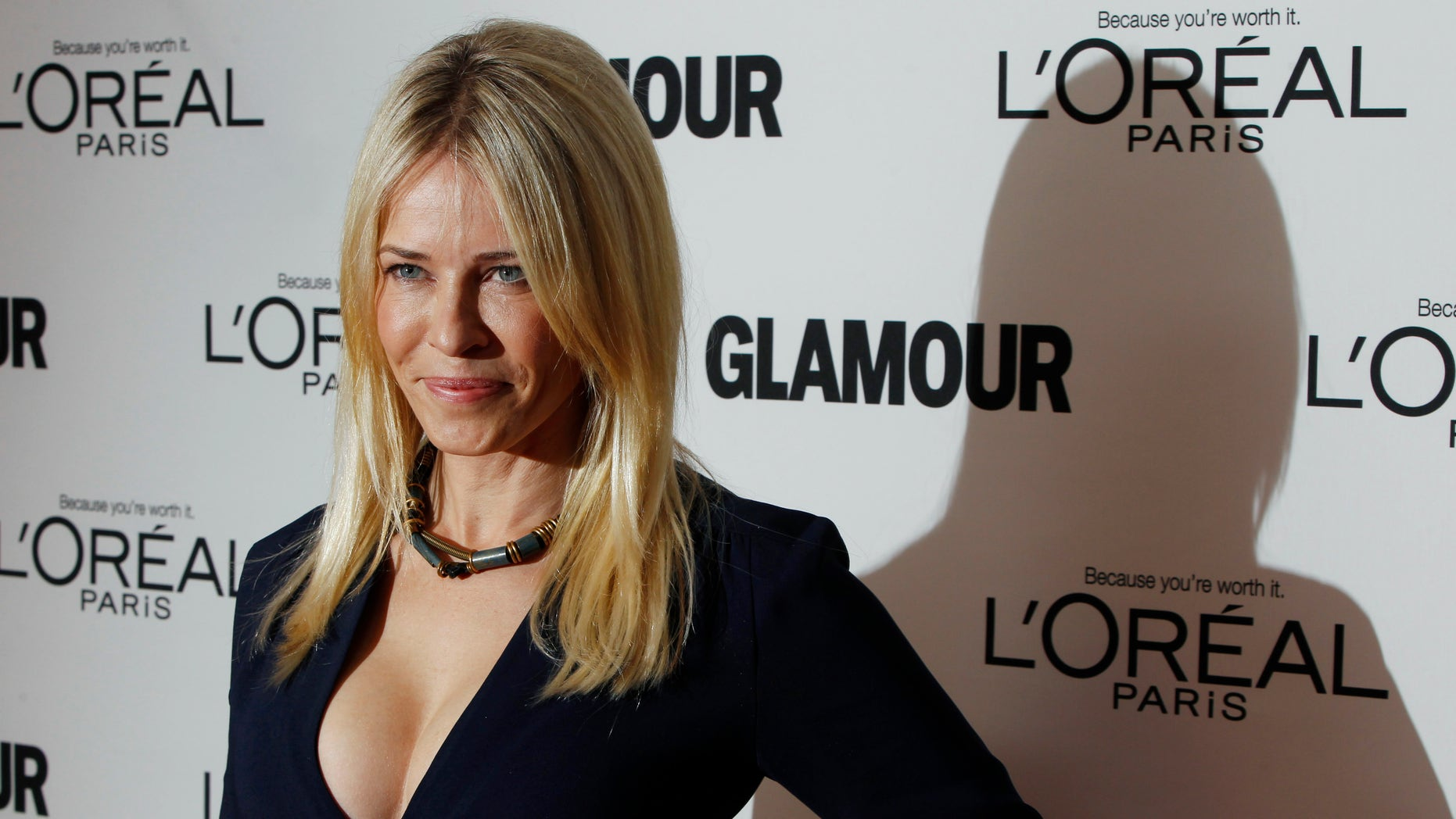 Comedienne Chelsea Handler arrives to attend the 21st annual Glamour Magazine Women of the Year award ceremony in New York November 7, 2011. REUTERS/Lucas Jackson (UNITED STATES - Tags: ENTERTAINMENT) - RTR2TQJ8