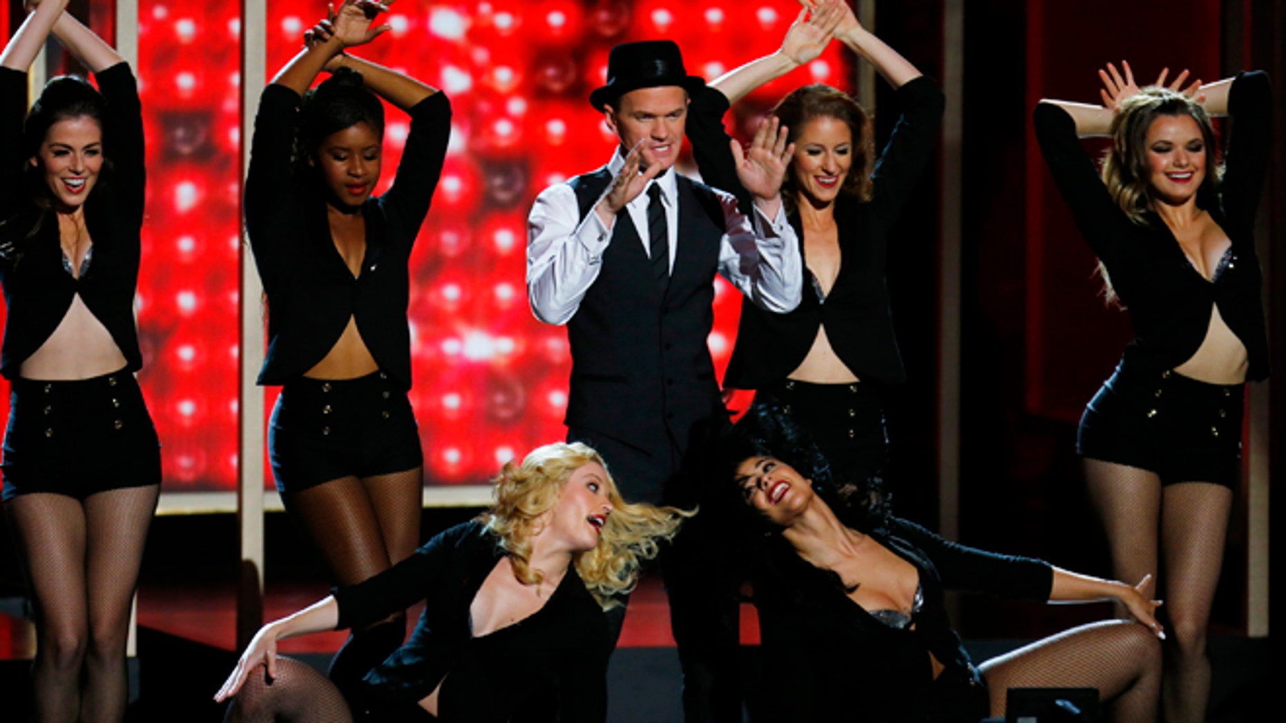 Host Neil Patrick Harris performs a musical number at the 65th Primetime Emmy Awards in Los Angeles September 22, 2013.