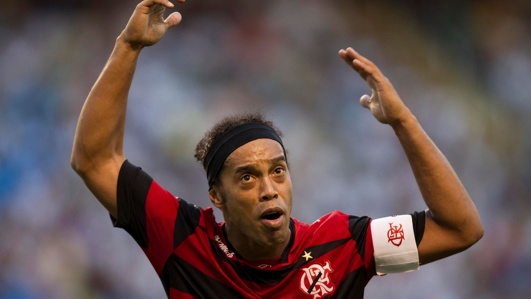 Flamengo's Ronaldinho reacts during a Brazilian soccer league match against Vasco da Gama in Rio de Janeiro, Brazil, Sunday, Aug.  28, 2011. The match ended 0-0. (AP Photo/Felipe Dana)