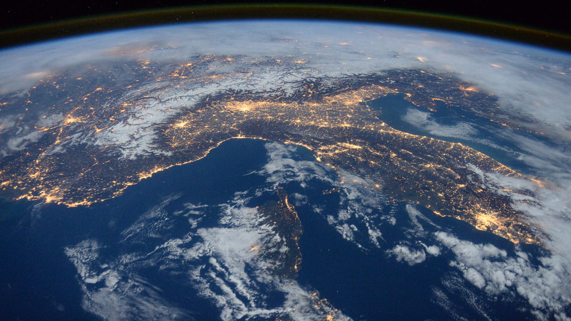 File photo: A photo taken by Expedition 46 flight engineer Tim Peake of the European Space Agency (ESA) aboard the International Space Station shows Italy, the Alps, and the Mediterranean on January, 25, 2016. (REUTERS/NASA/Tim Peake/Handout)