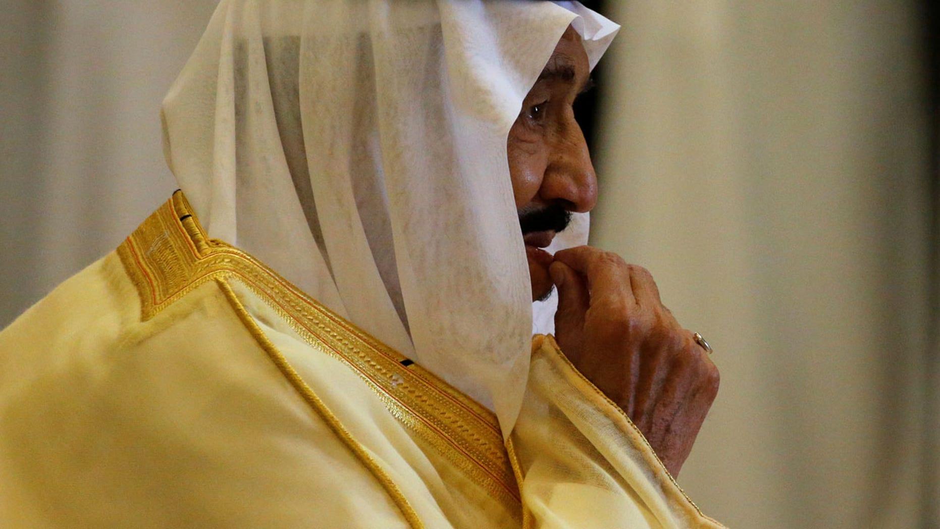 Saudi Arabia's King Salman bin Abdulaziz Al Saud waits to greet President Trump in Riyadh