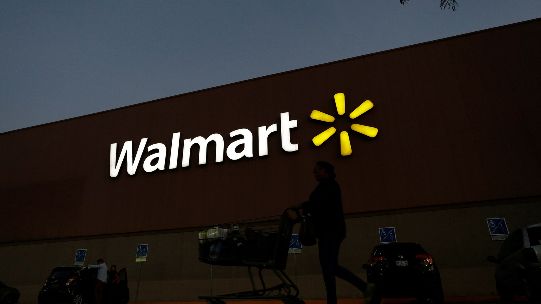 File photo: A shopper pushes a cart outside a Walmart store in Monterrey, Mexico March 6, 2017. Picture taken March 6, 2017. (REUTERS/Daniel Becerril)