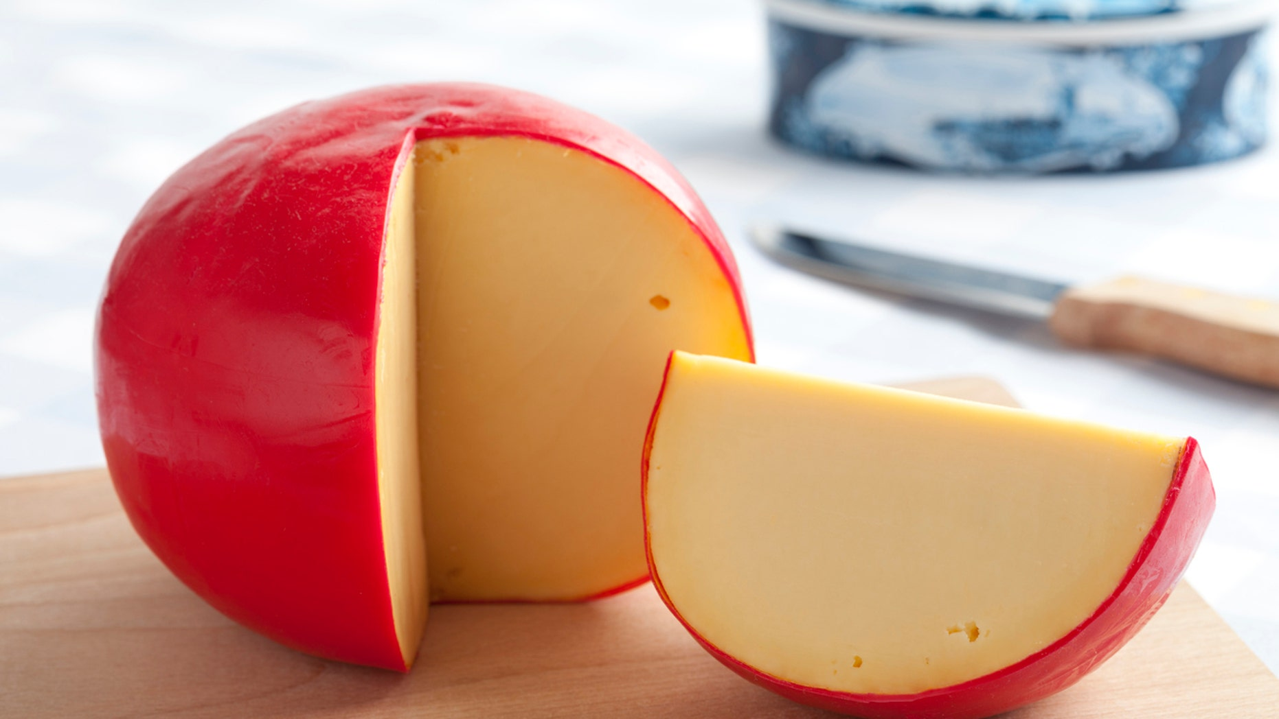 Although bread and cheese are staples in the French diet, residents of the country generally consume foods differently than Americans, opting for smaller portion sizes eaten at mealtimes, rather than snacks or binges.