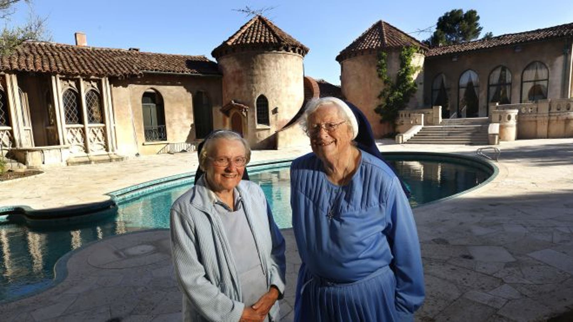 Sister Catherine and Sister Rita outside the Sisters of the IHM Retreat House on June 25, 2015 in Los Feliz, California. (2015 Los Angeles Times)