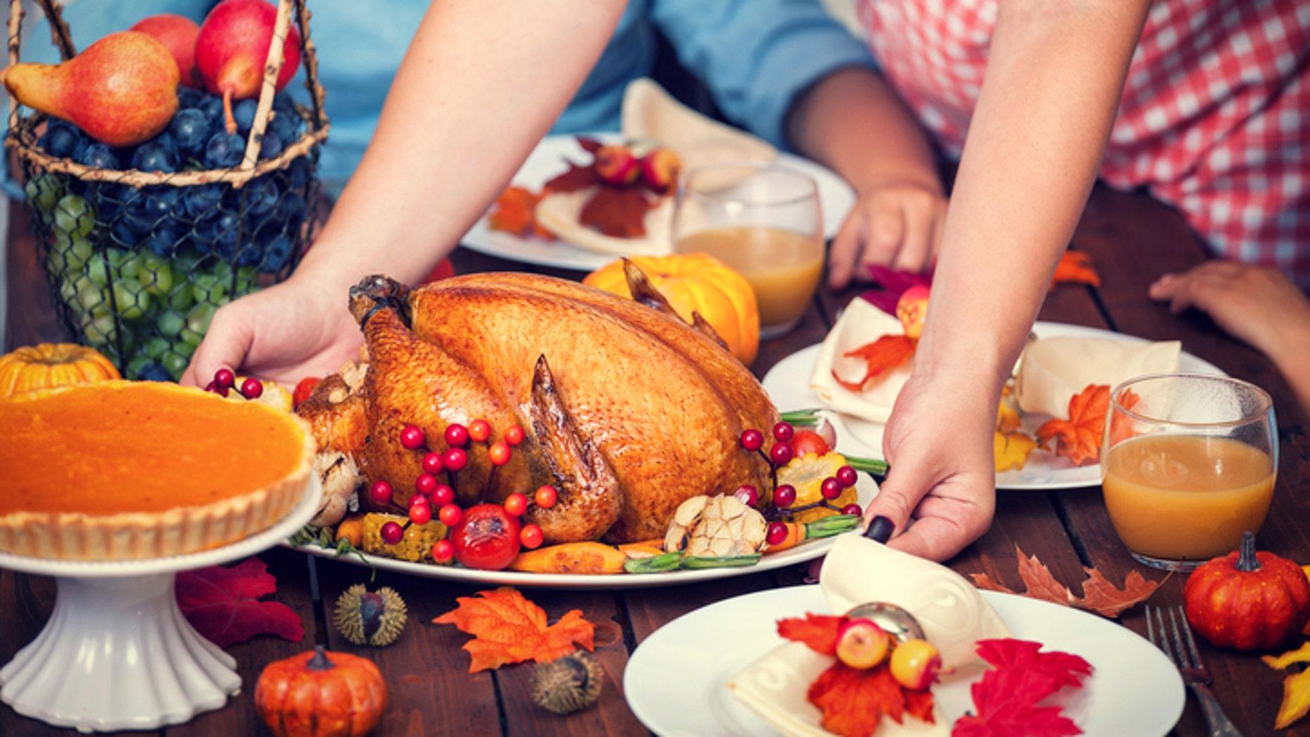 Strangers are welcome at one Arizona grandma's feast.