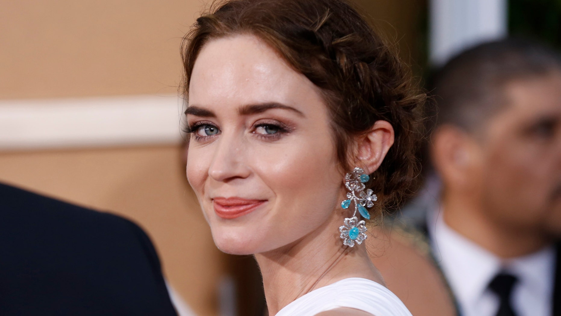 Actress Emily Blunt arrives at the 72nd Golden Globe Awards in Beverly Hills, California January 11, 2015.