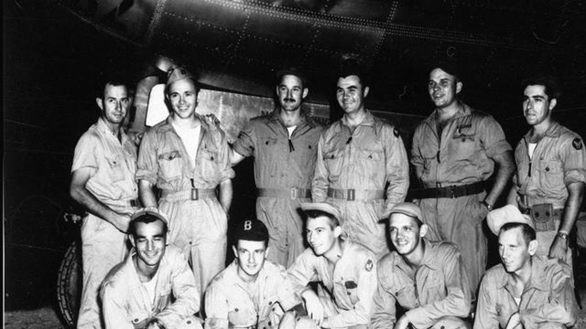 """FILE: The crew of US Air Force """"Enola Gay"""" B-29 Superfortress bomber that delivered the Hiroshima atomic bomb."""