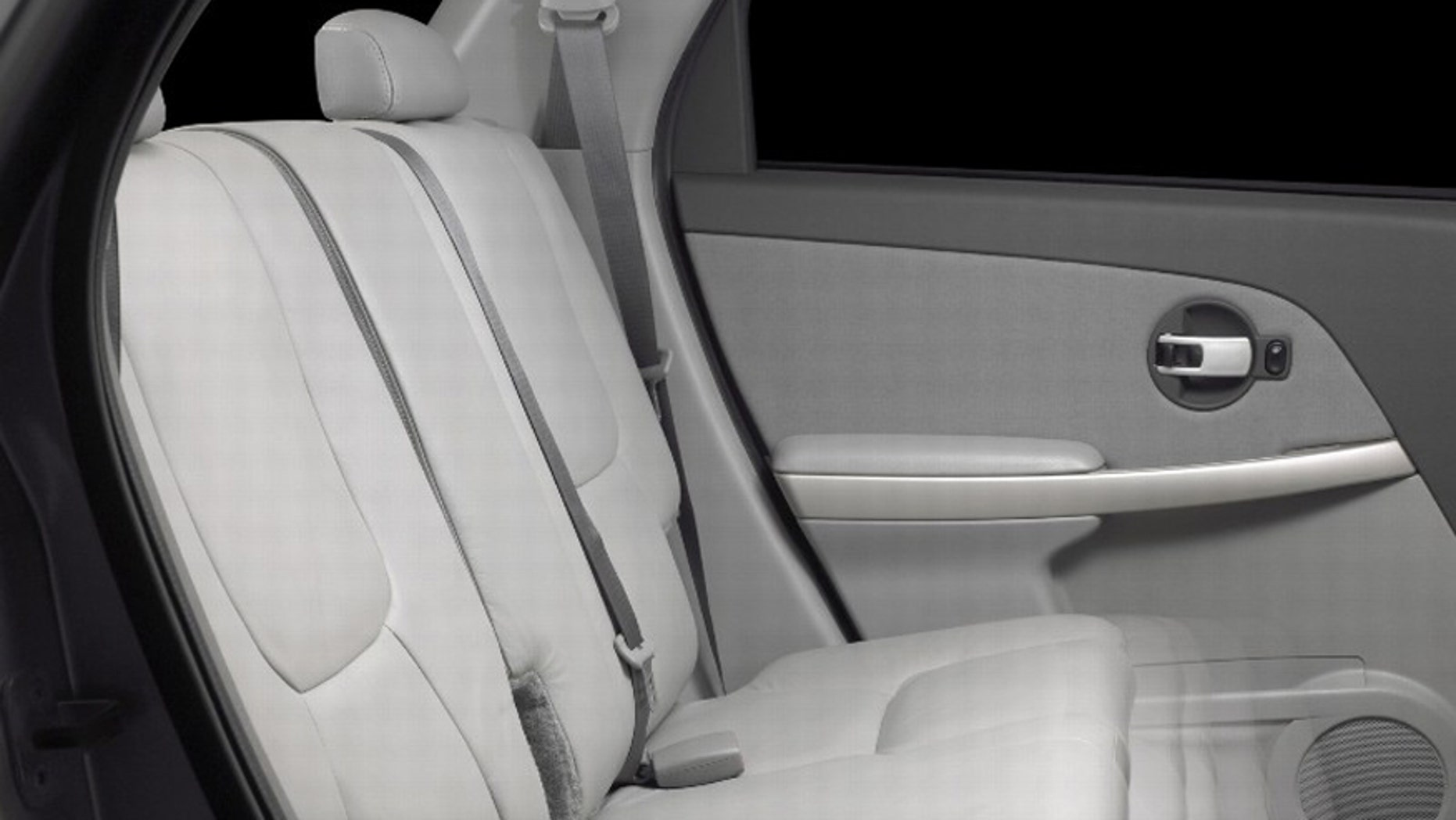 2007 Chevrolet Equnox rear seats