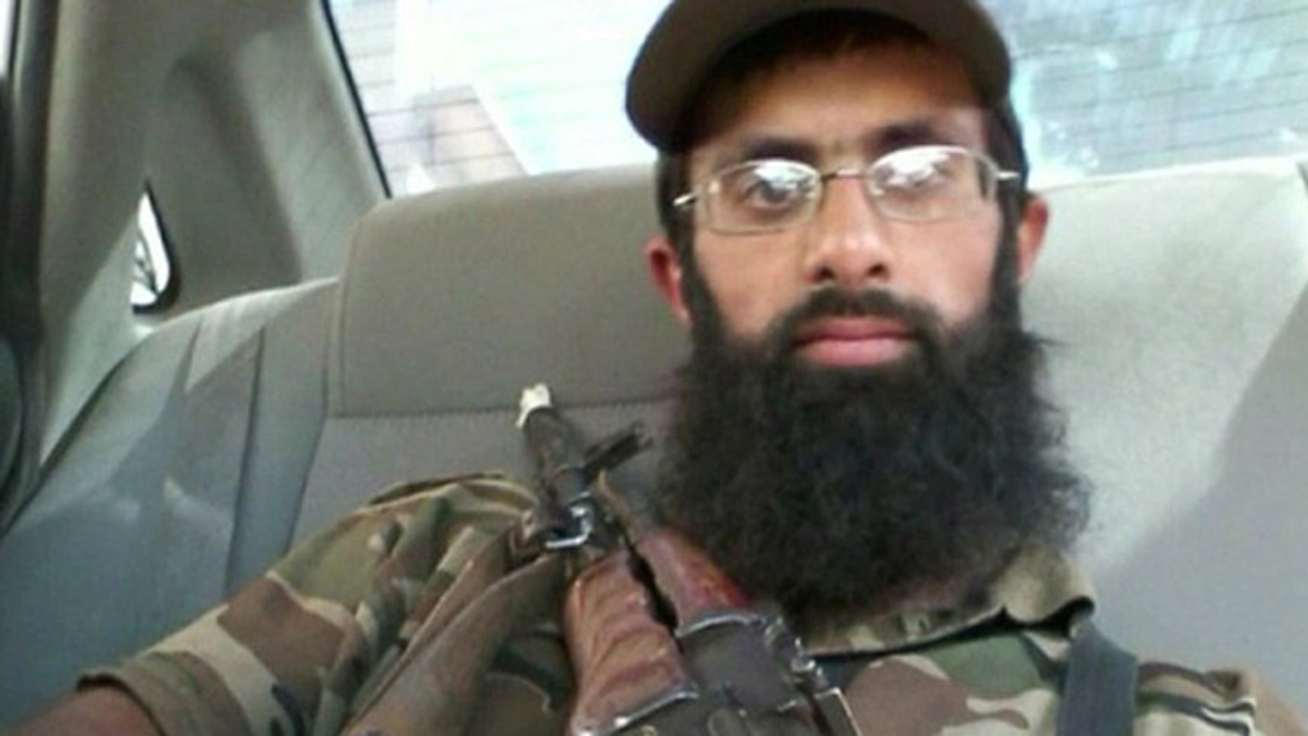 Omar Hussain has complained that fellow militants lack manners.