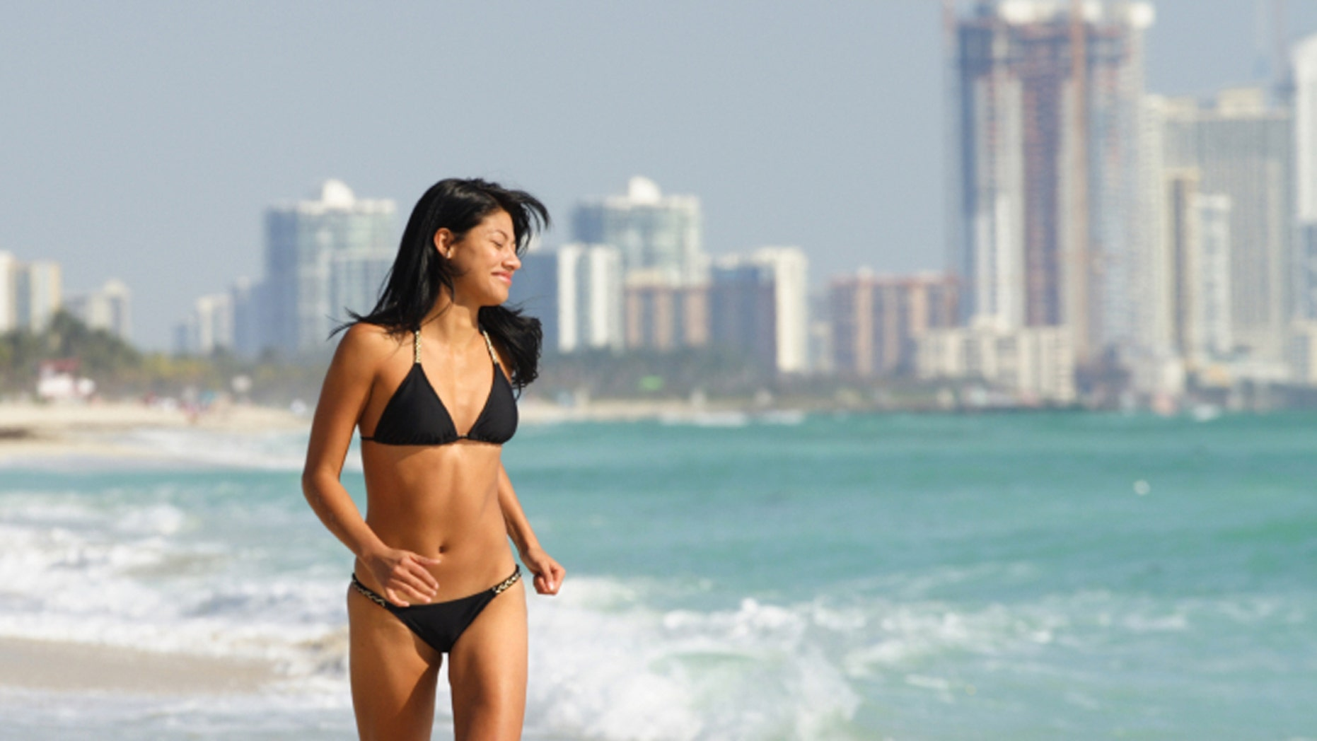 There's plenty of reasons why South Beach is one of the most popular beach spots in the U.S.