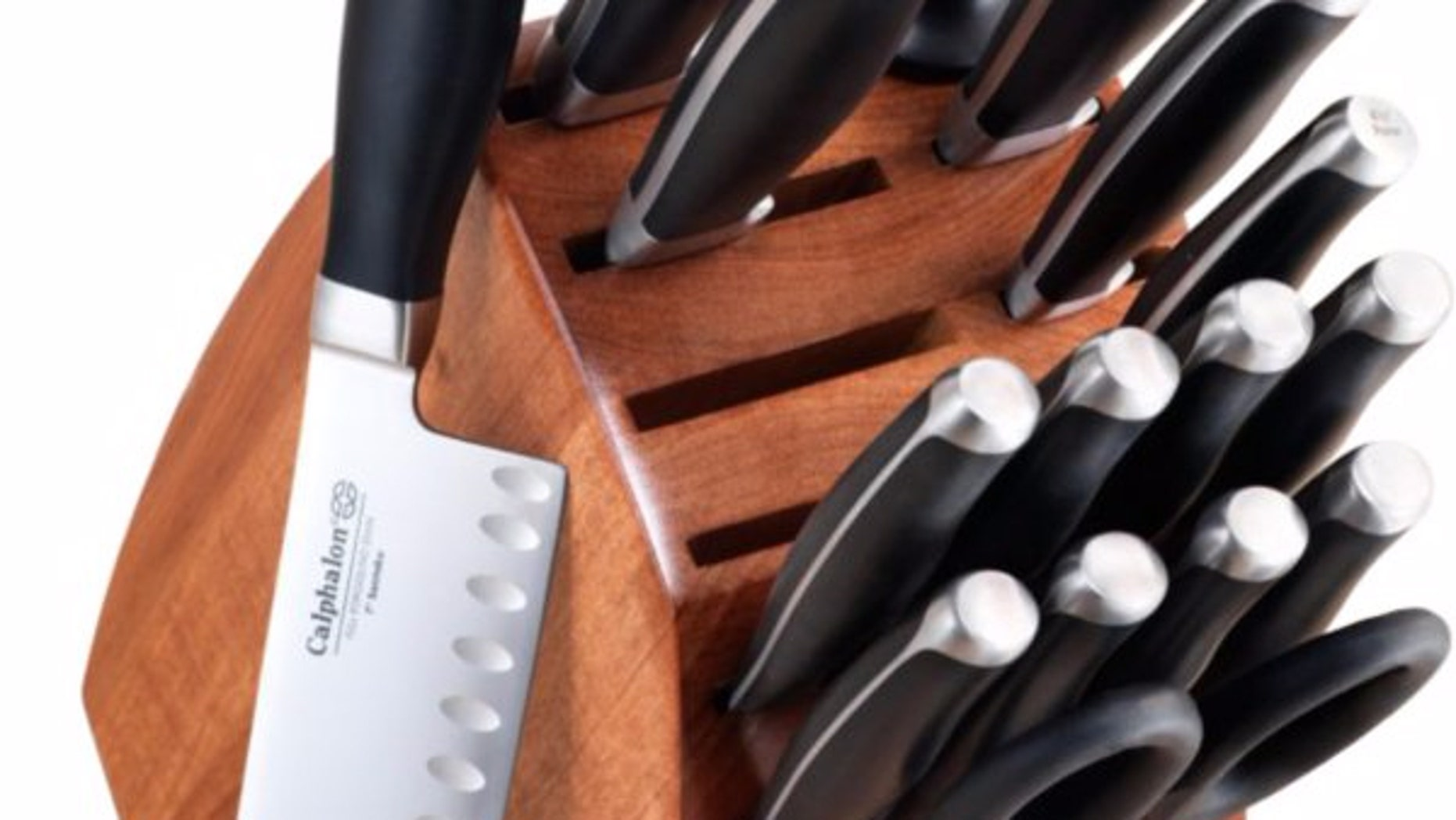 This 17-piece cutlery set from Calphalon may have defective knives.