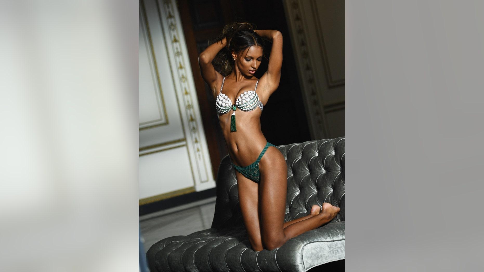 49d7a3c09b Jasmine Tookes poses in the Victoria s Secret Fantasy Bra on October 8