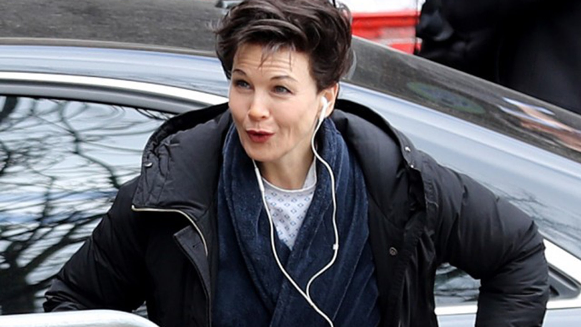 """Renee Zellweger is playing Judy Garland in a new biopic about the """"Wizard of Oz"""" star."""