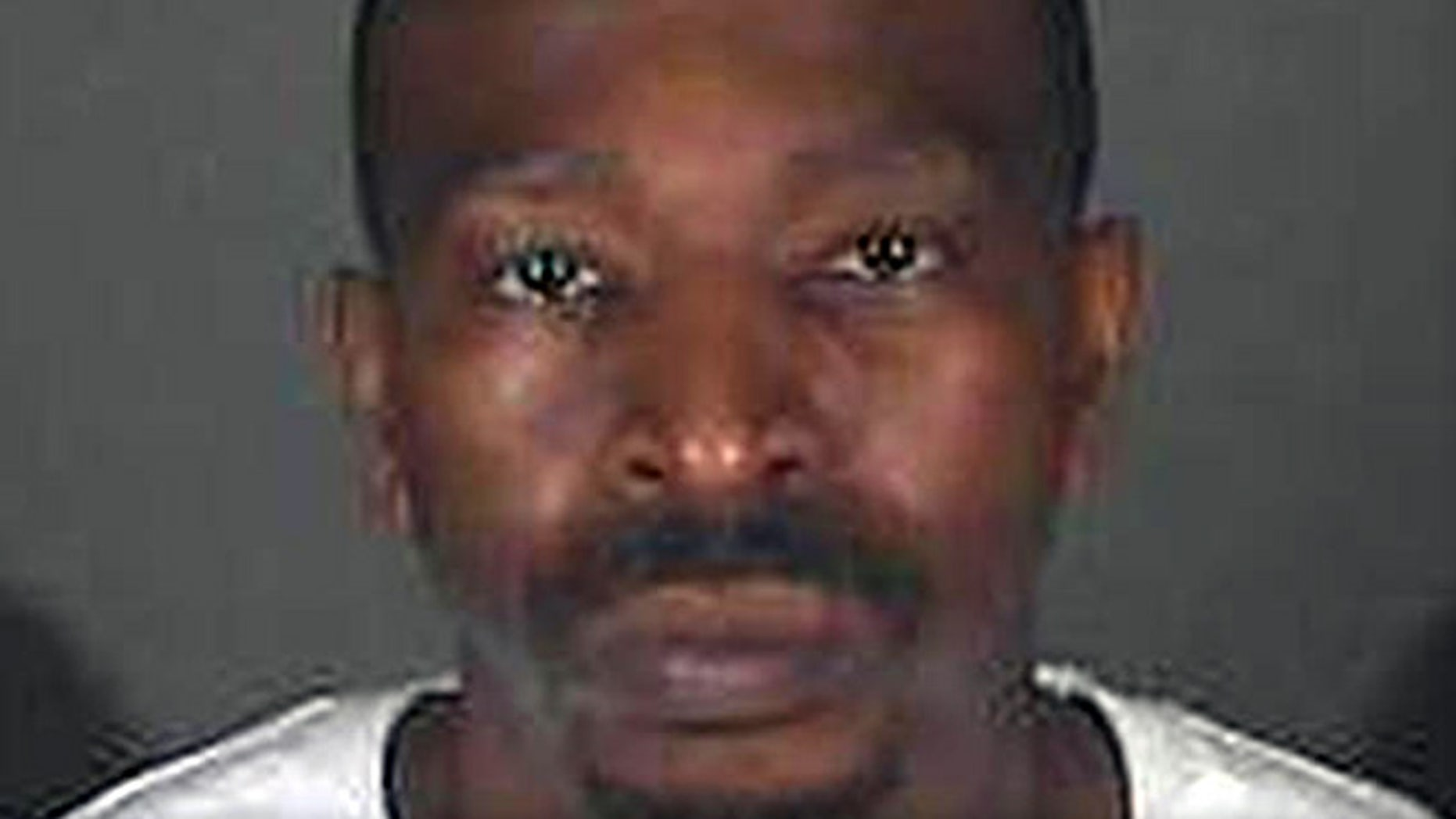 Los Angeles County authorities accidentally released Steven Lawrence Wright who was awaiting trial for a gang-related murder.