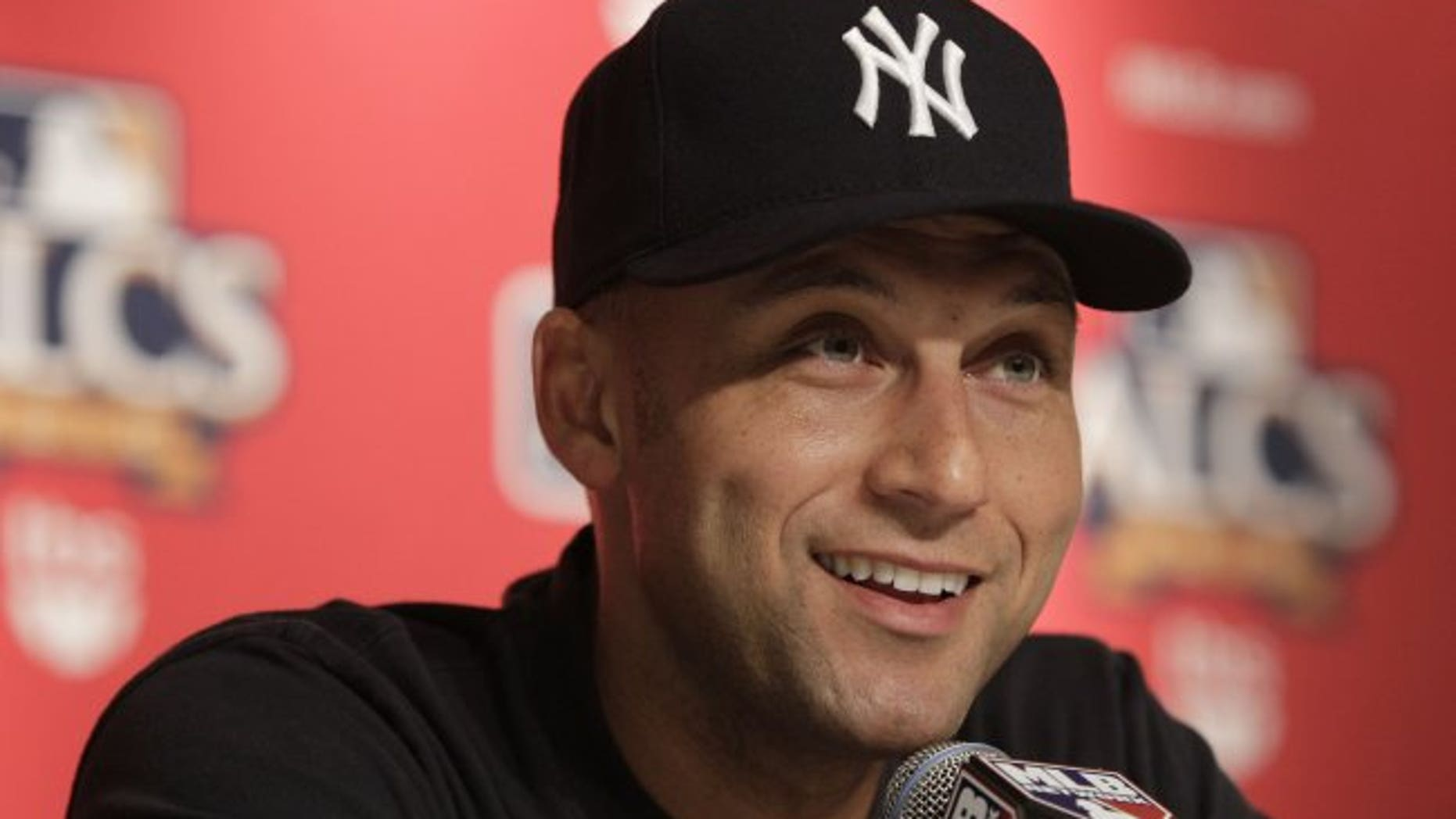Derek Jeter is looking to open a Players' Tribune concept restaurant.