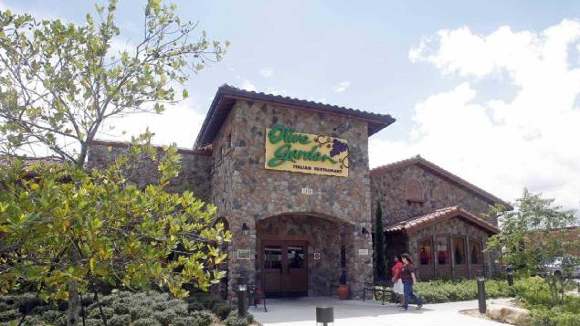 Olive Garden will cut down on carpet cleaning to save costs.