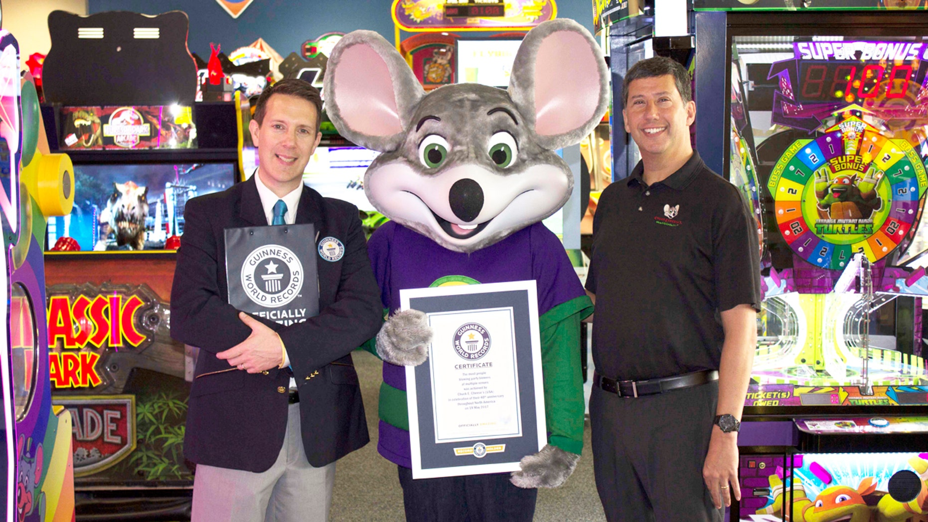 To celebrate its 40th anniversary, Chuck E. Cheese guests broke a Guinness Book of World Records on May 19, 2017 for the most people blowing party blowers simultaneously for 10 seconds.