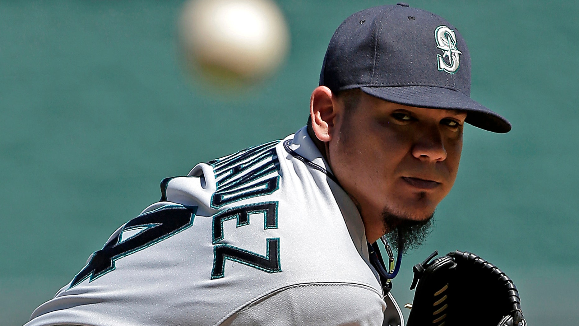 Seattle Mariners starting pitcher Felix Hernandez in a game against the Kansas City Royals, Sept. 2, 2013, in Kansas City, Mo. (AP Photo/Charlie Riedel)
