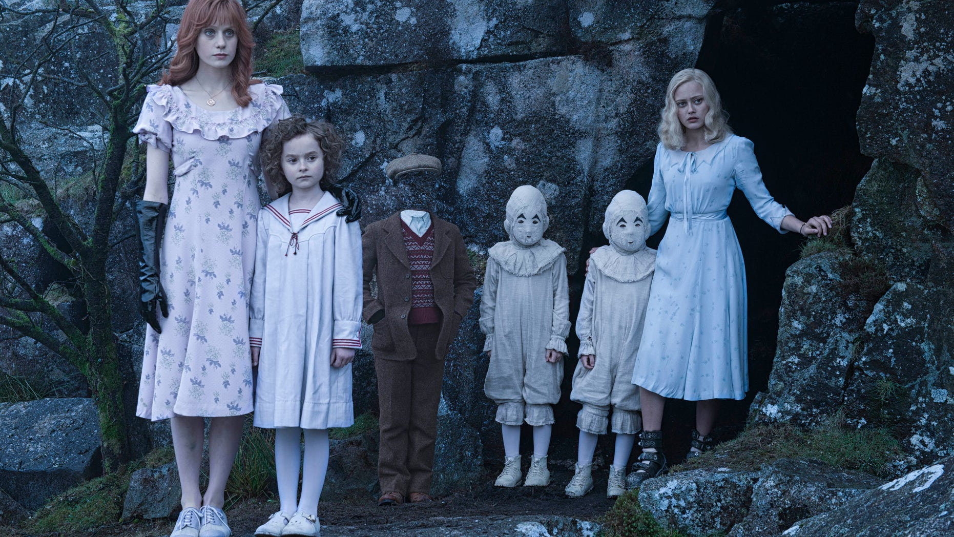 """""""Miss Peregrine's Home for Peculiar Children"""" bested """"Deepwater Horizon."""""""