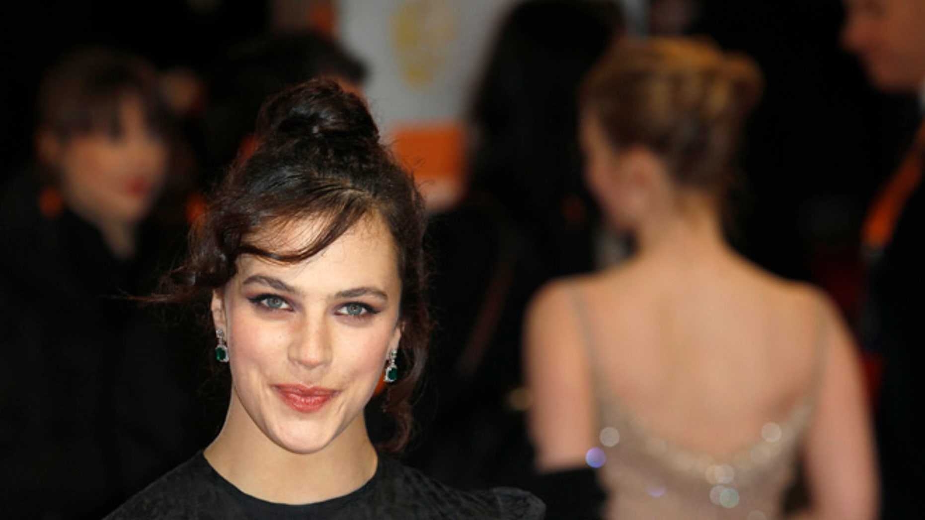 """""""Downton Abbey"""" star Jessica Brown Findlay has opened up about struggling with an eating disorder."""