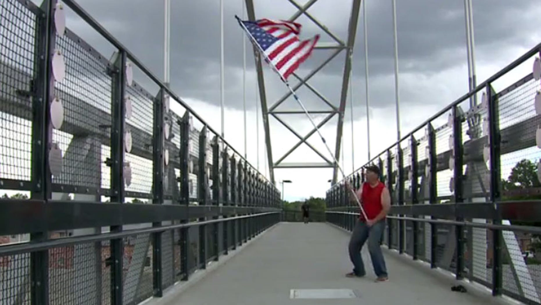 Memorial Day: Man spends 6 hours waving American flag over