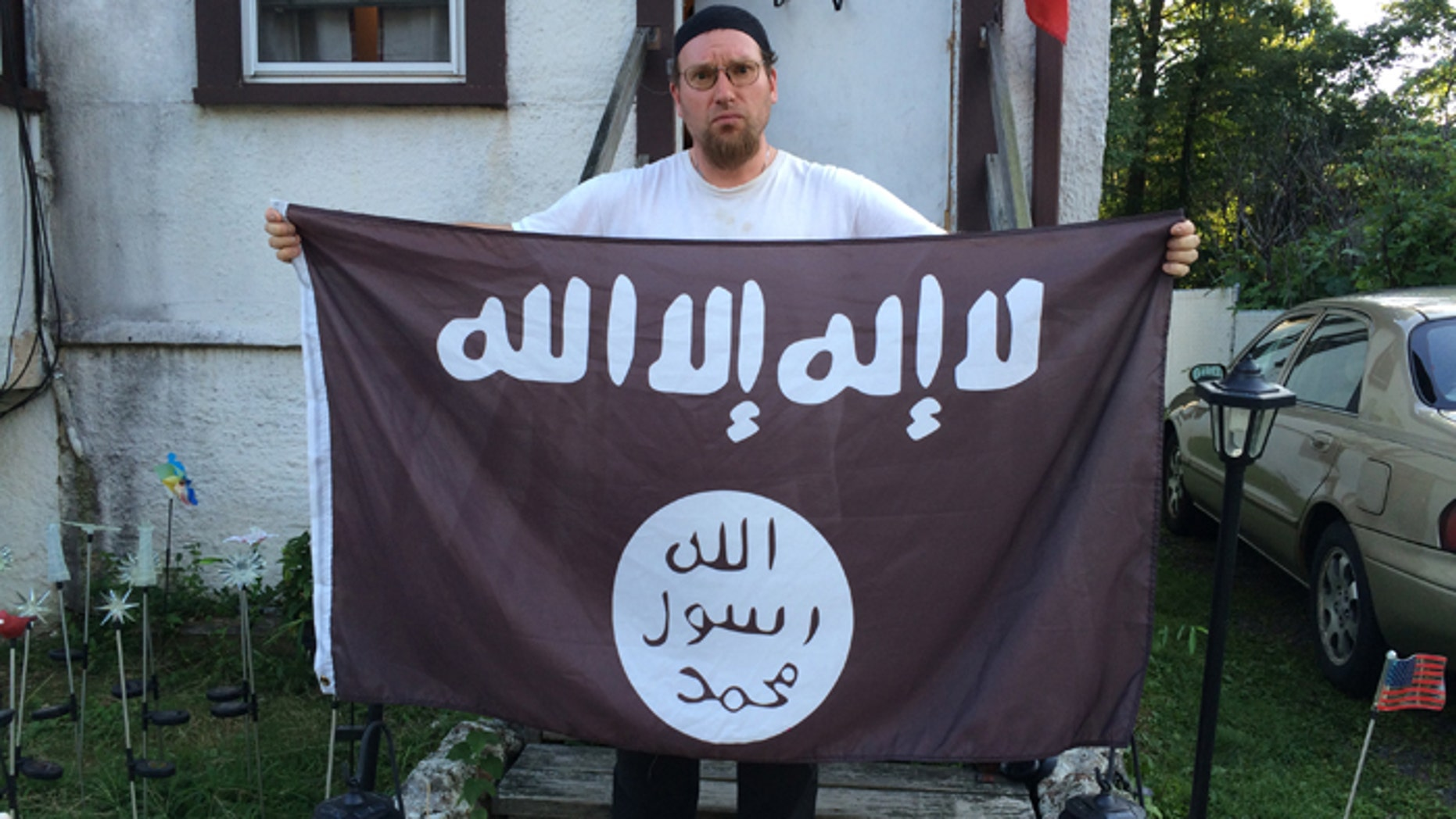 Mark Dunaway says he converted to Islam more than 10 years ago and has long flown a flag that has since been adopted as the banner of ISIS, the murderous jihadist  group that claims to have established a caliphate in Iraq and Syria. (FoxNews.com)