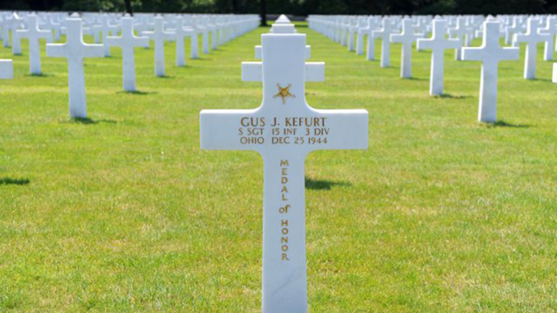 The headstone of Medal of Honor recipient Staff Sgt. Gus J. Kefurt, a soldier assigned to the 15th Infantry Regiment, 3rd Infantry Division and a native of Youngstown, Ohio, stands among the 5,255 other Soldiers buried at Epinal American Cemetery in France. (www.army.mil)