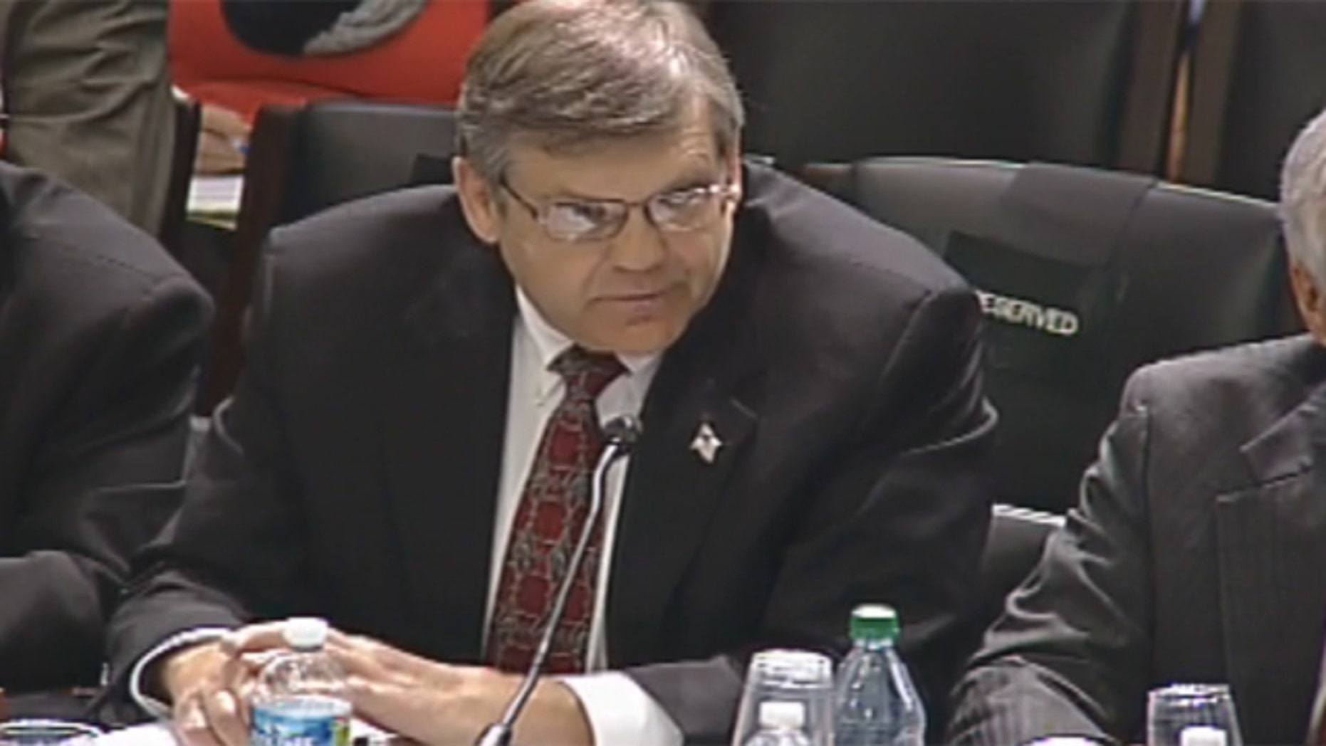 Nov. 18, 2011: Consultant Steve Gardner testifies before a House Natural Resources Committee subcommittee on Capitol Hill.