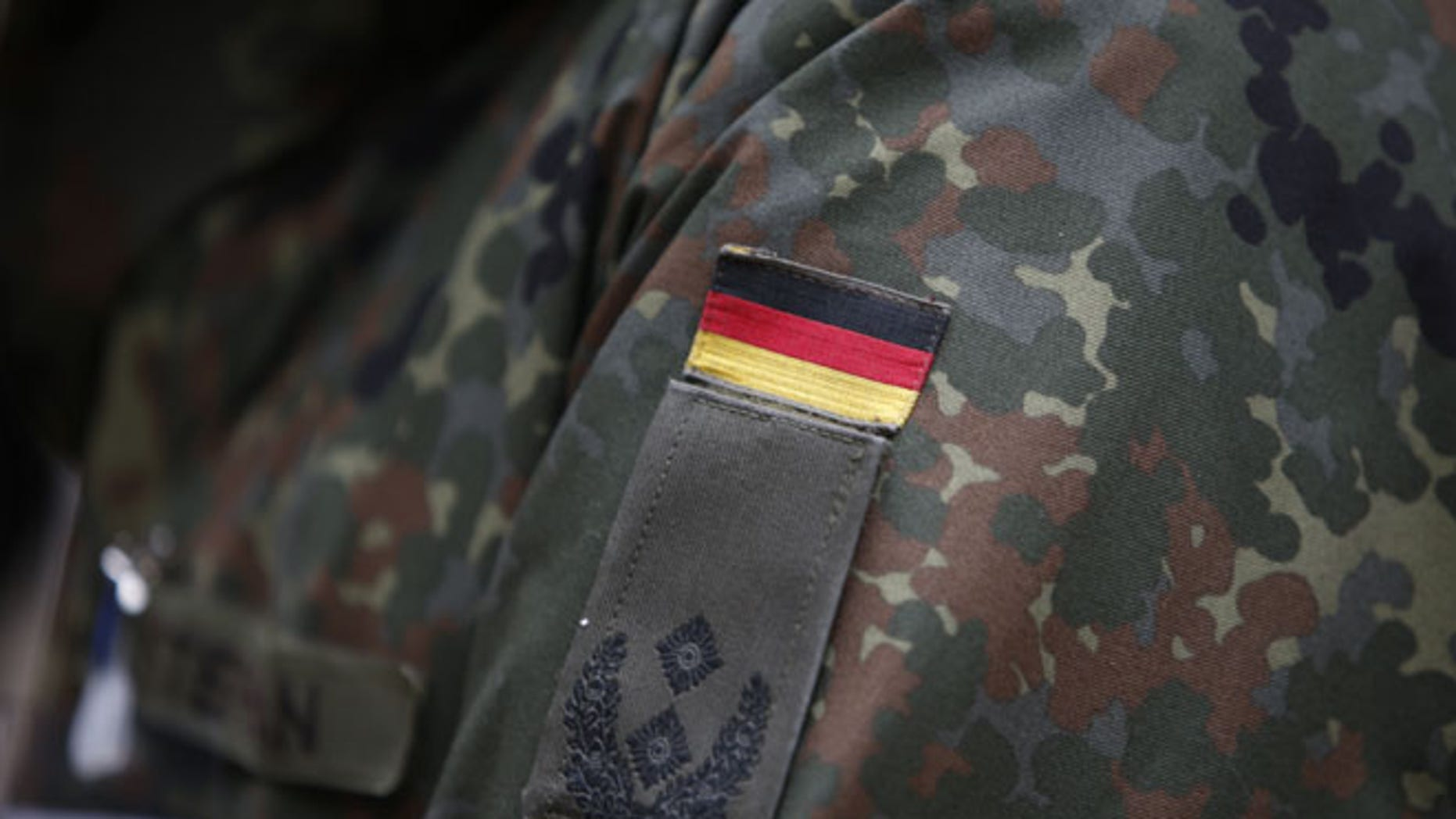 Germany is working to determine how many of its soldiers have defected the country to fight with ISIS.